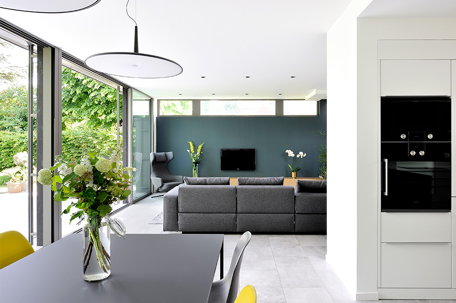 maison-contemporaine-en-ossature-bois_caluire-et-cuire-69_photo-interieur-salon-cuisine