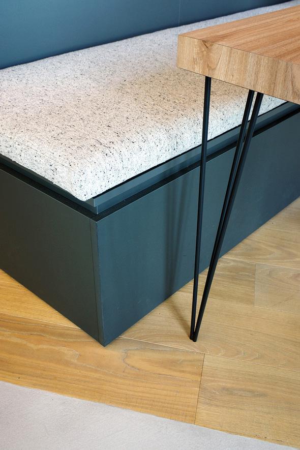 Appartement-contemporain-architecte-terrasse-agencement-sur-mesure-mobilier-design_Detail-ameublement