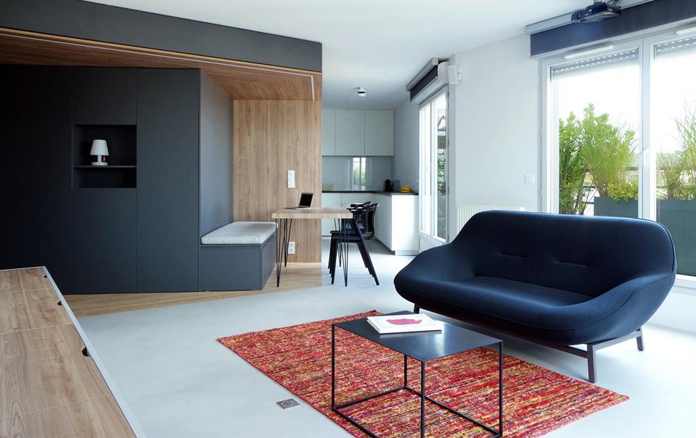 Appartement-contemporain-architecte-terrasse-agencement-sur-mesure-mobilier-design_Vue-salon-cuisine_2