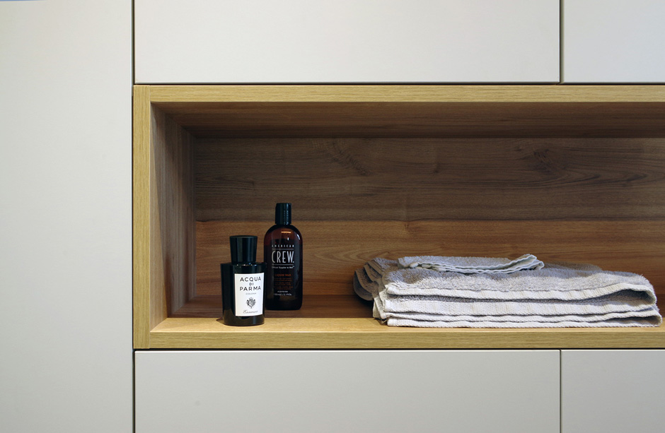 Appartement-contemporain-architecte-terrasse-agencement-sur-mesure-mobilier-design_detail-salle-de-bain